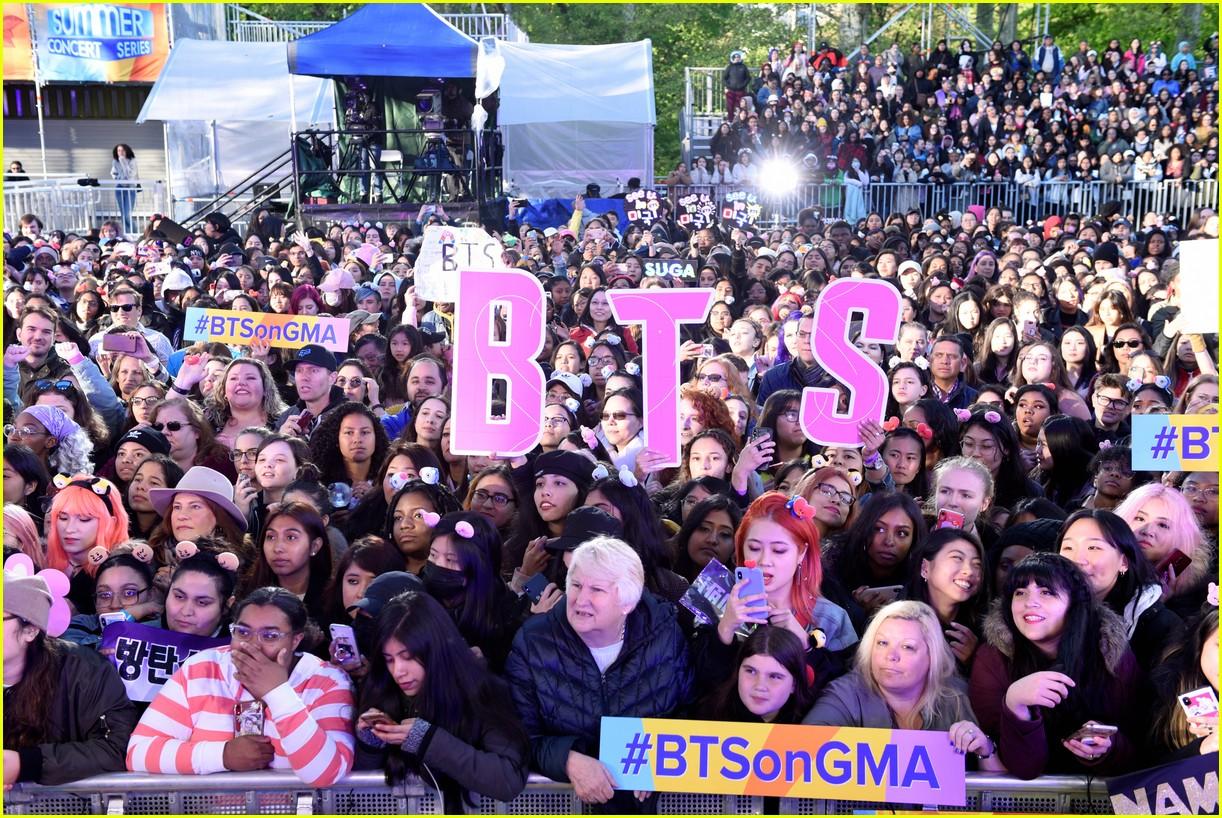 bts perform good morning america summer concert series 064291637