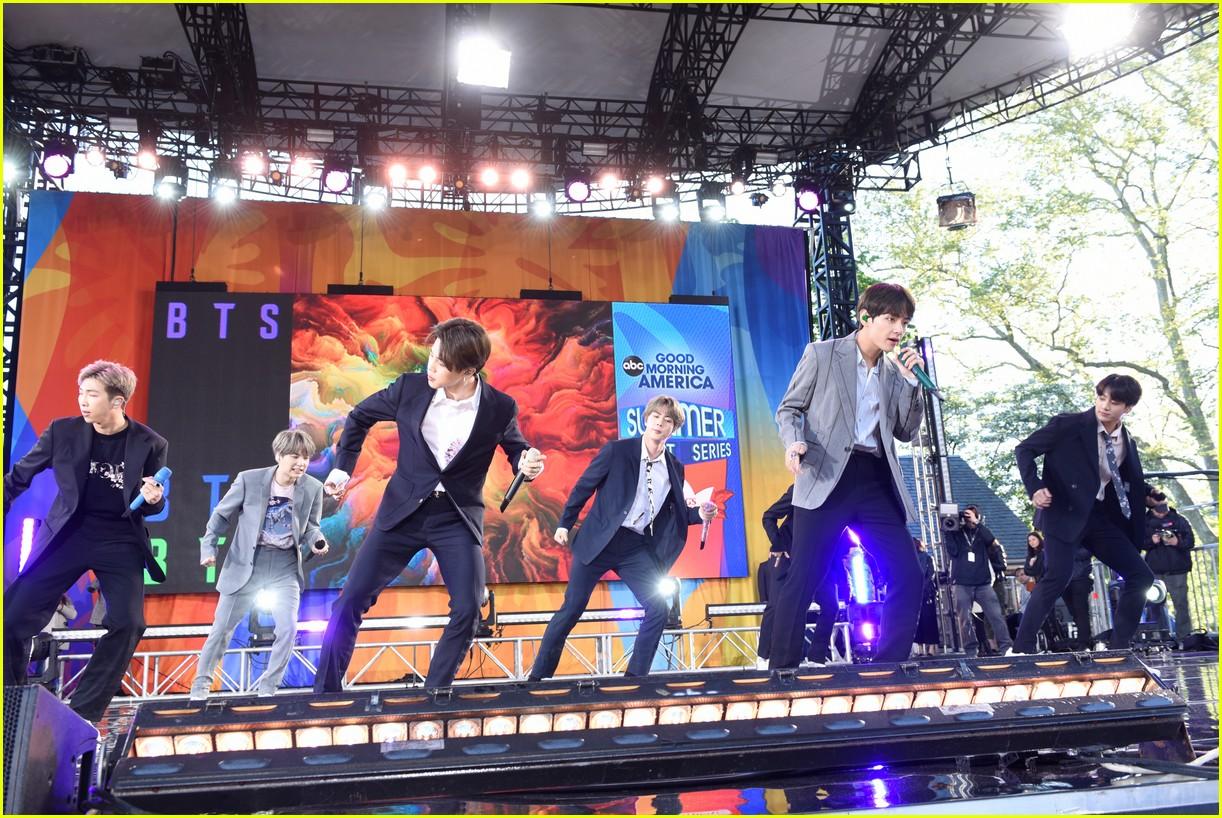 bts perform good morning america summer concert series 084291639