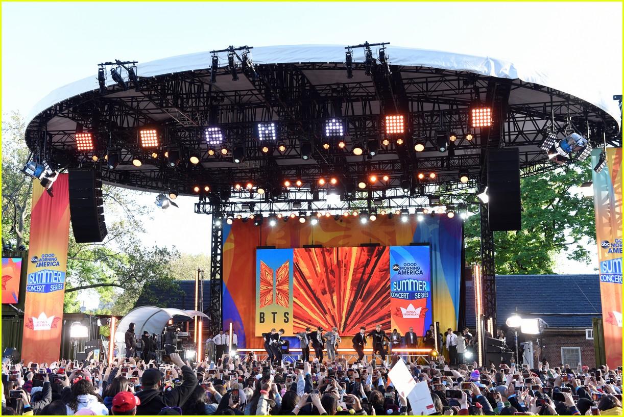 bts perform good morning america summer concert series 114291642