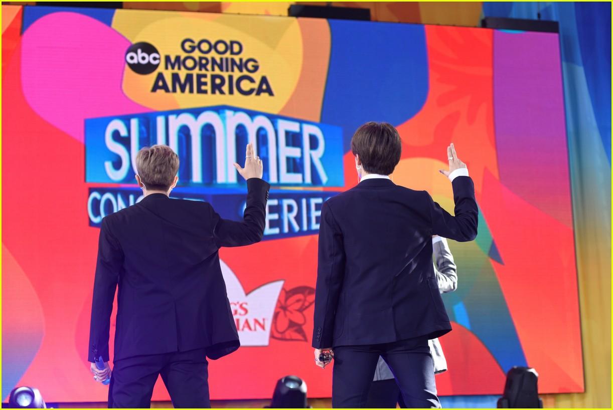 bts perform good morning america summer concert series 294291660