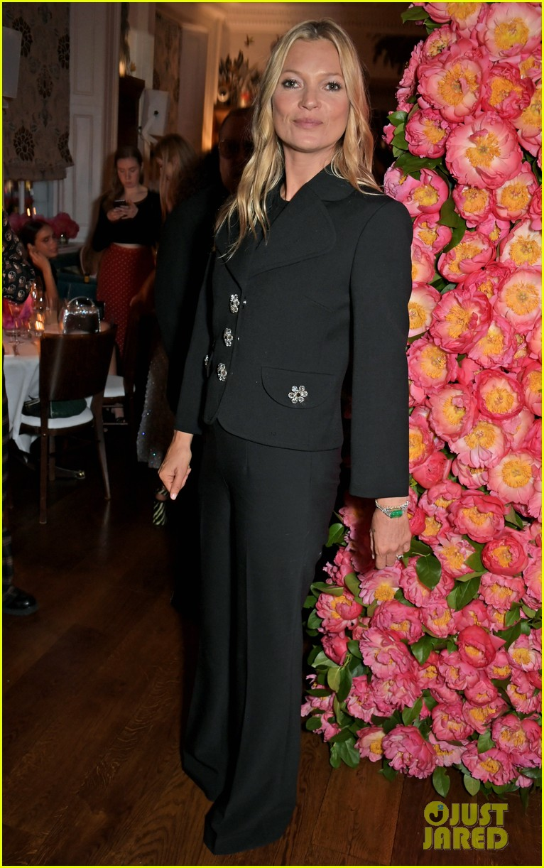 gemma chan kate moss michael kors dinner 20