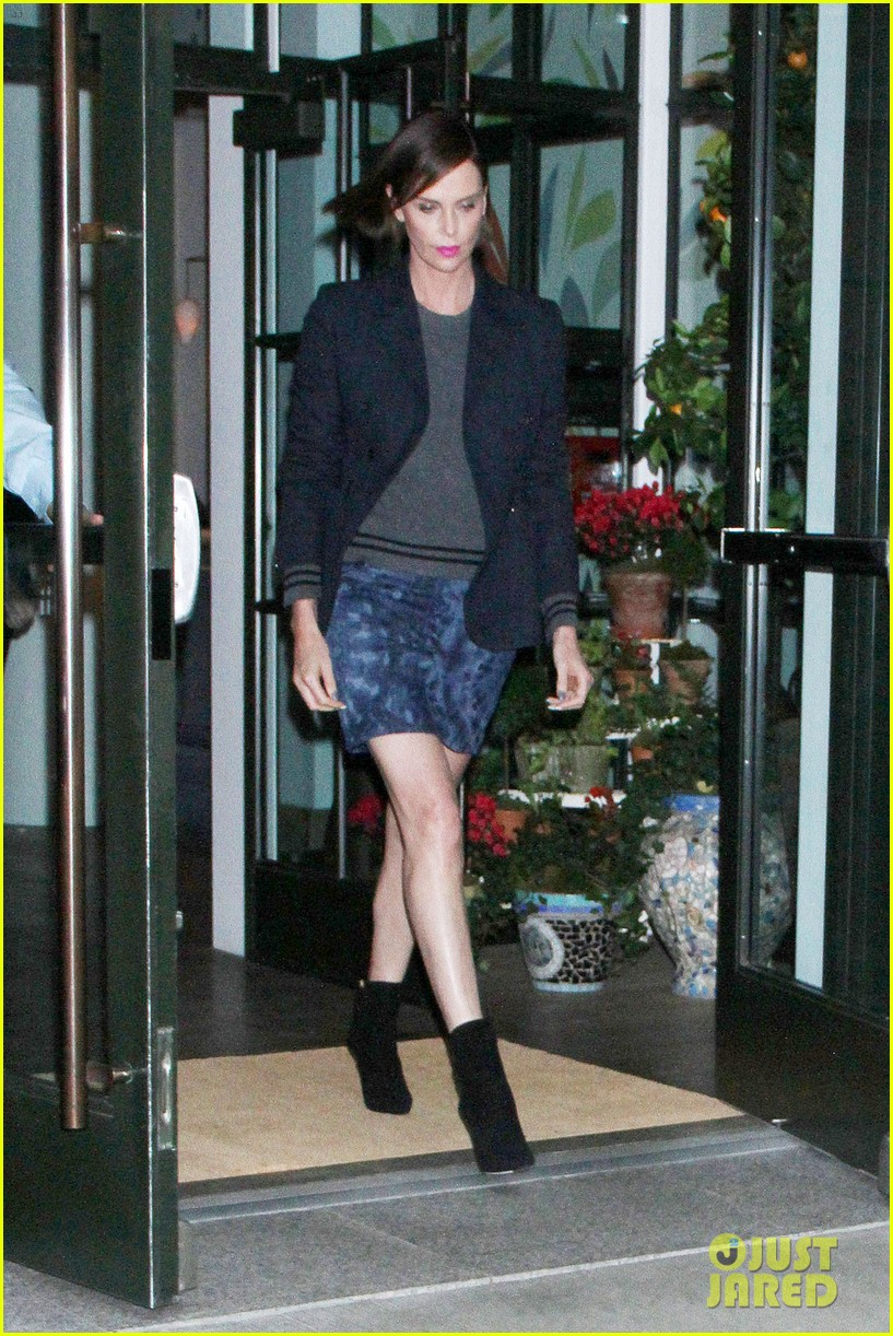 charlize theron t shirt from rihanna 044281799