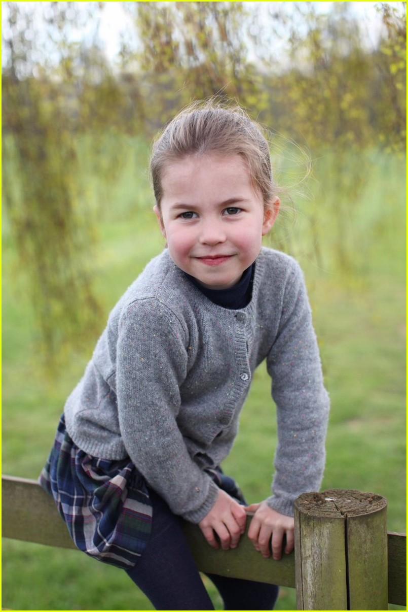 princess charlotte birthday may 2019 01