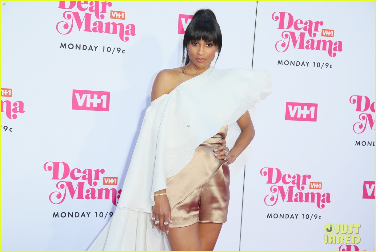 ciara la la anthony hit carpet at vh1s dear mama 2019 13