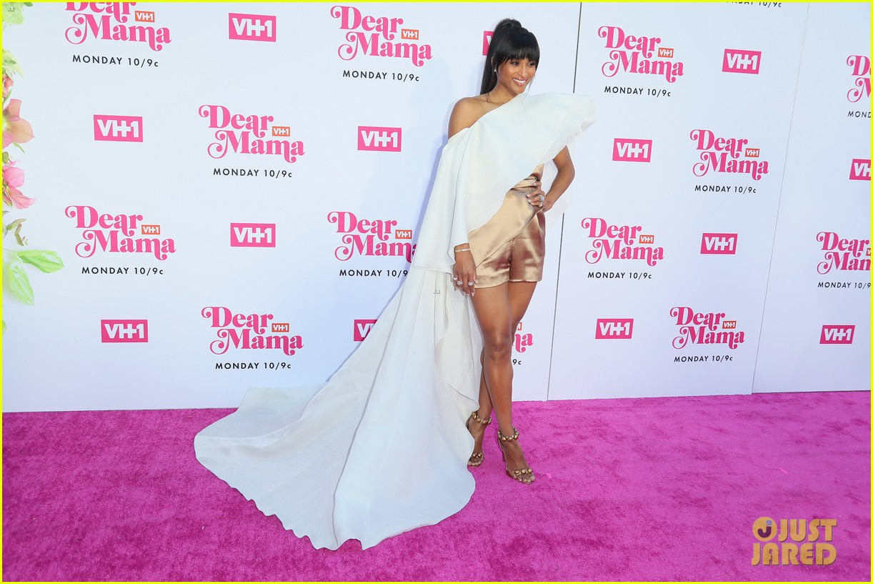 ciara la la anthony hit carpet at vh1s dear mama 2019 16
