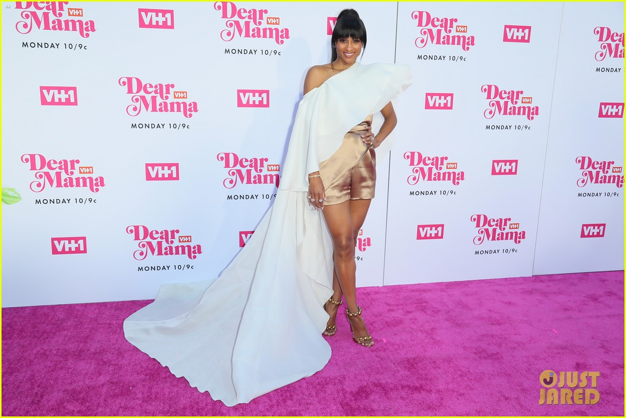ciara la la anthony hit carpet at vh1s dear mama 2019 18