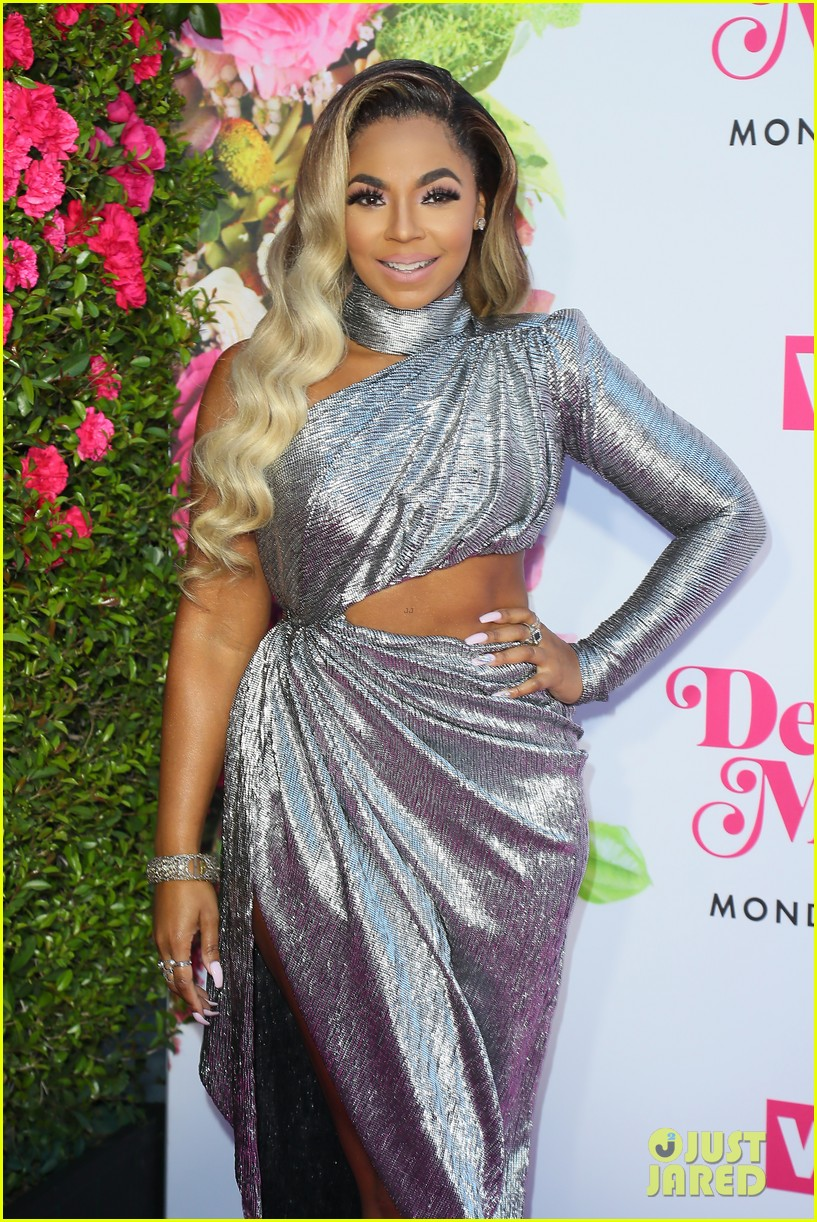 ciara la la anthony hit carpet at vh1s dear mama 2019 22