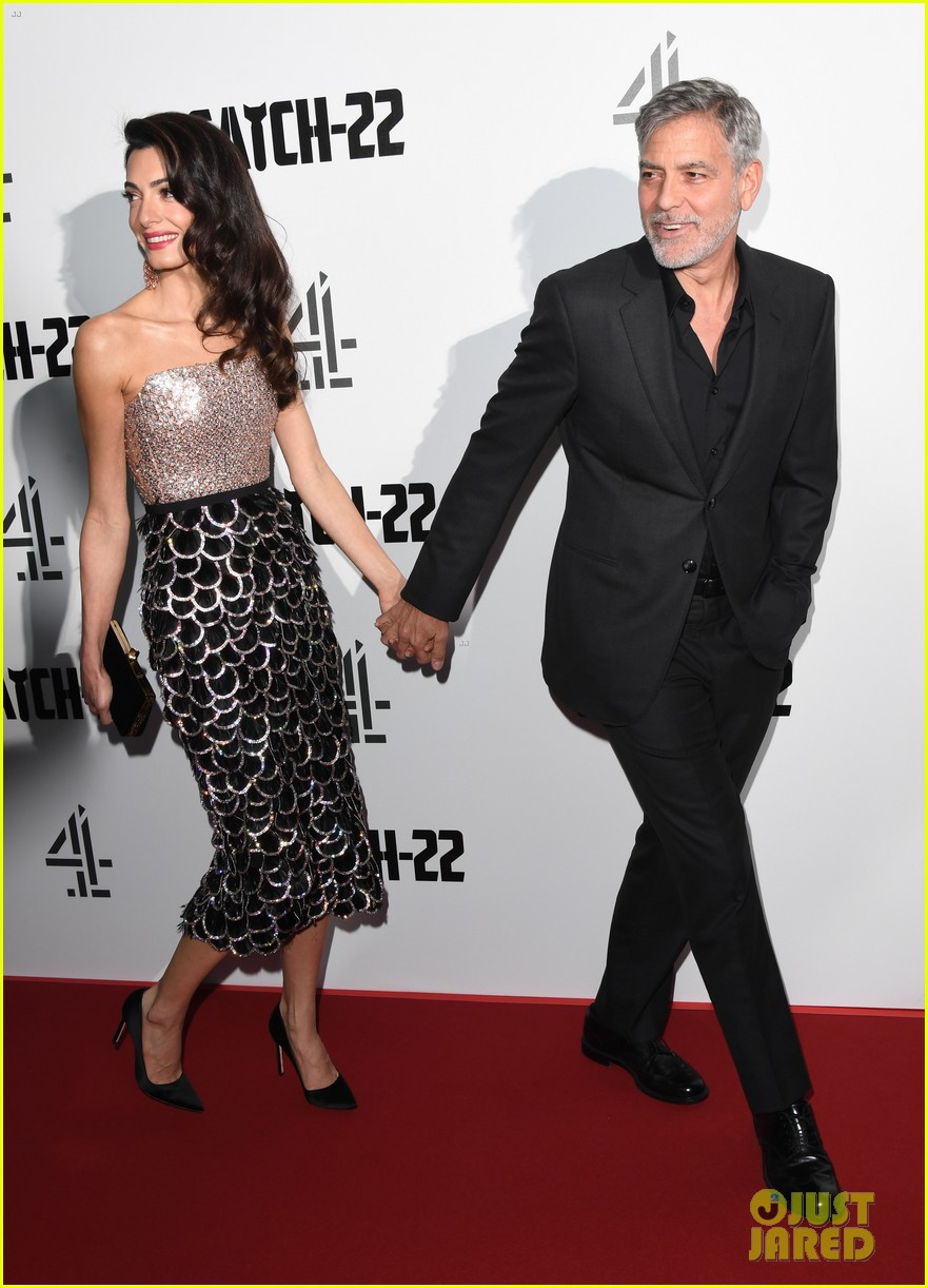 george clooney amal bring mom to catch 22 london 03
