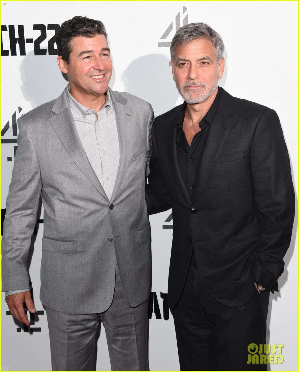 george clooney amal bring mom to catch 22 london 05