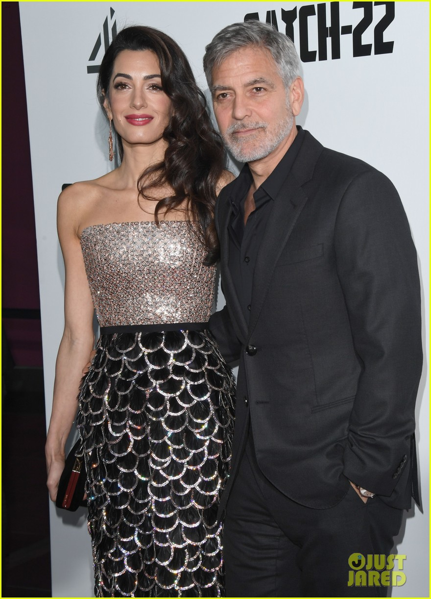 george clooney amal bring mom to catch 22 london 09