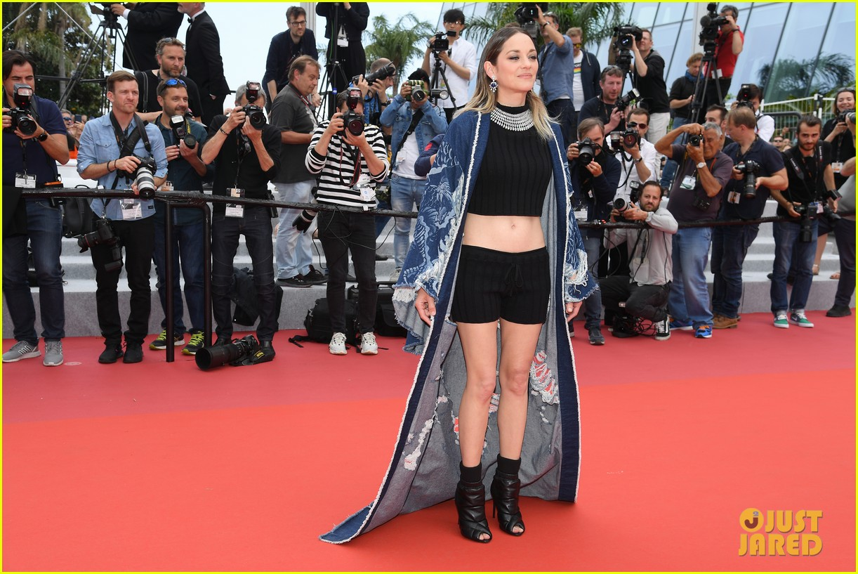 Marion Cotillard Wears A Crop Top Shorts On Cannes Red Carpet