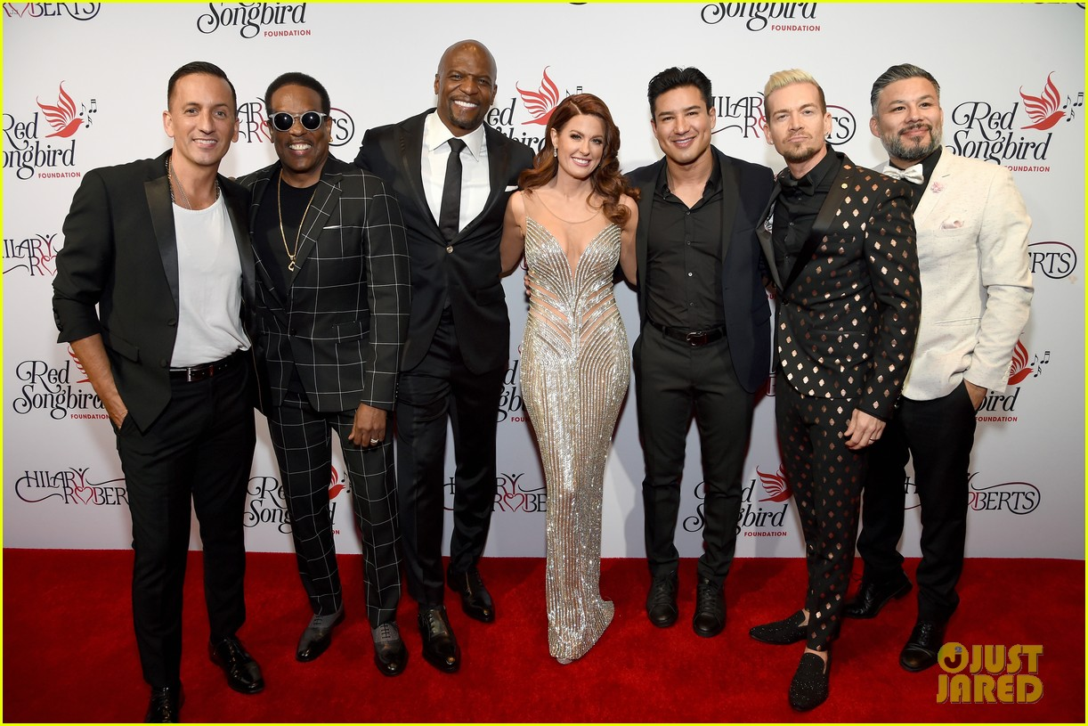 terry crews mario lopez help hilary roberts celebrate the red songbird found 24