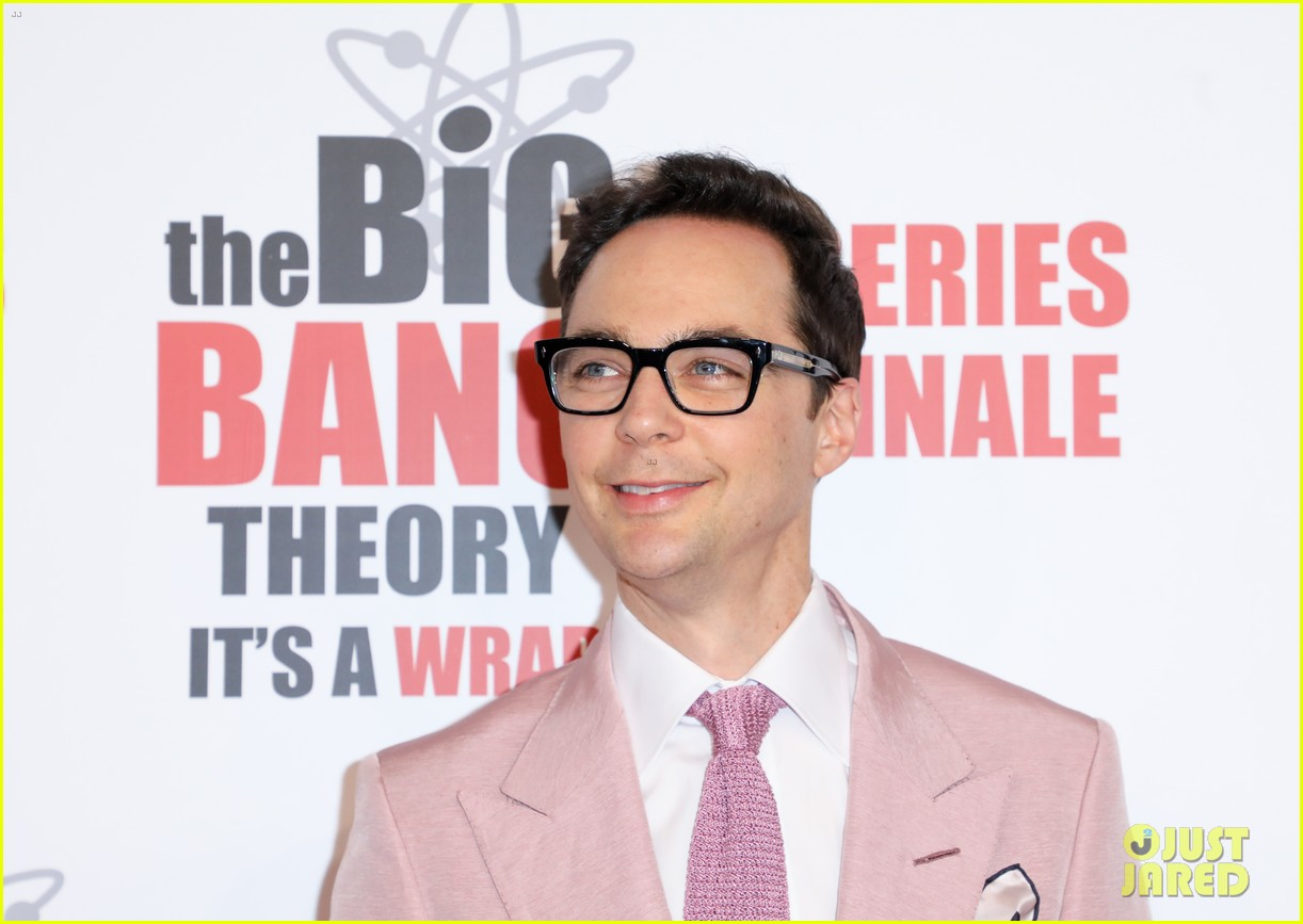 kaley cuoco jim parsons mayim bialik celebrate big bang theory at series finale party 24