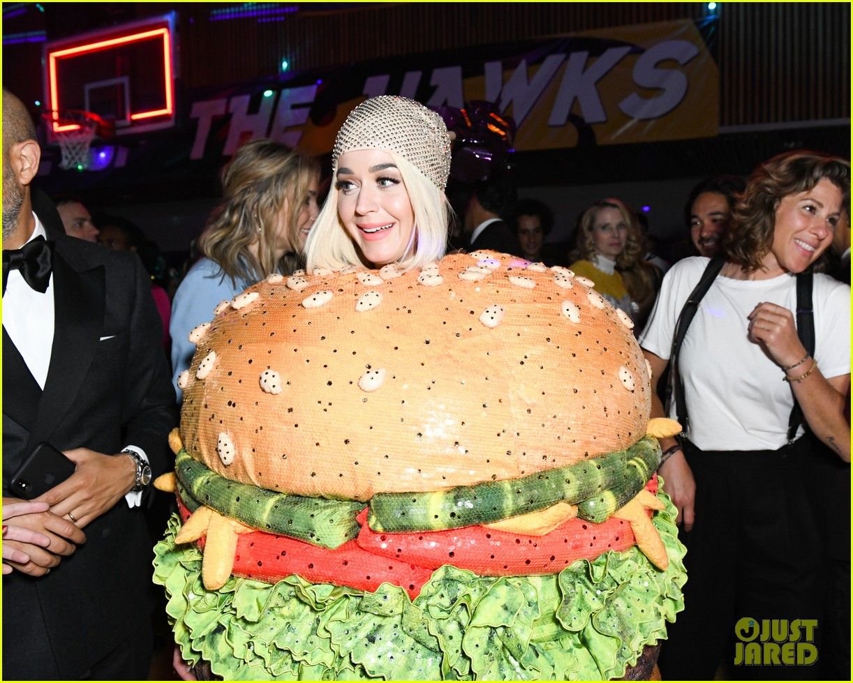 celine dion shares moment with katy perry burger at met