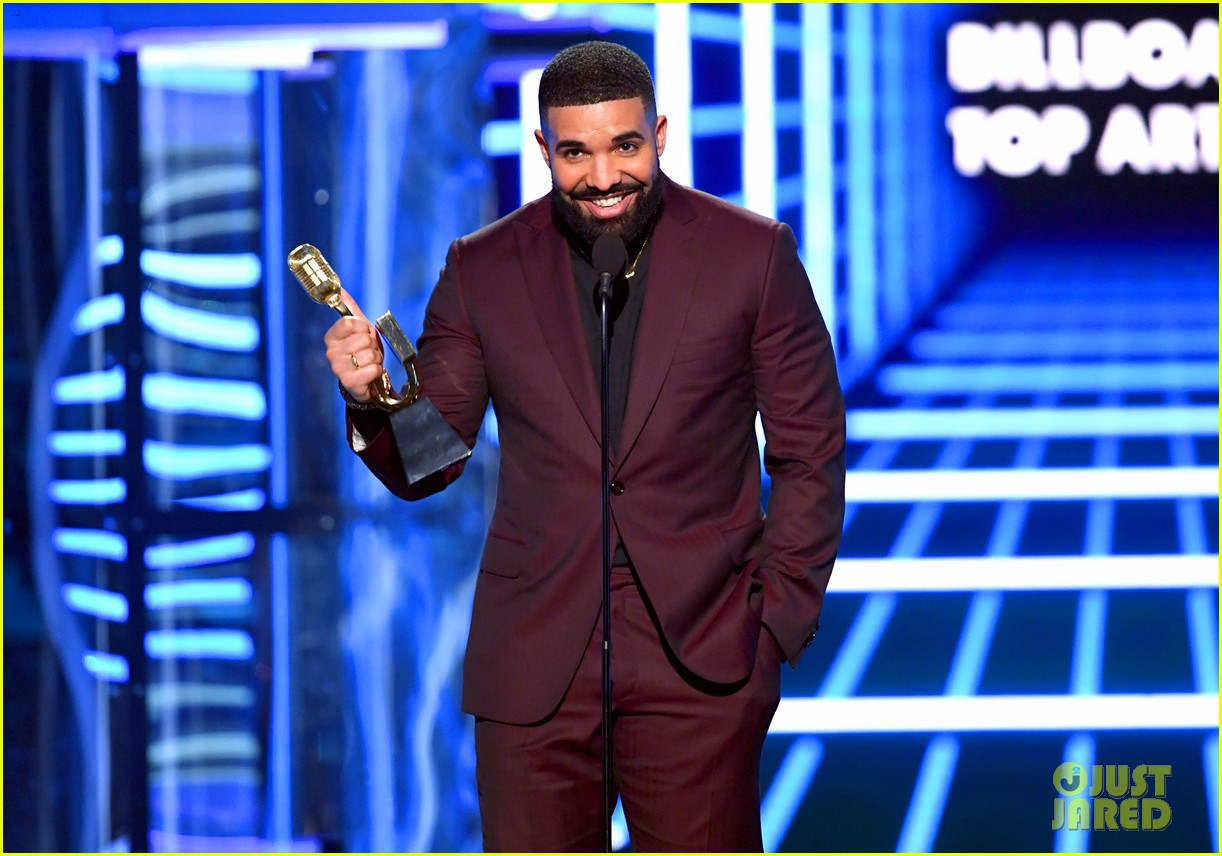 drake breaks record for most bbmas wins ever 024281237