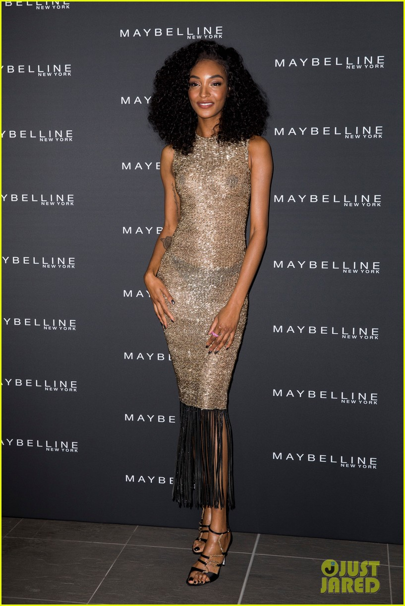 jourdan dunn sheer dress maybelline party 014280140