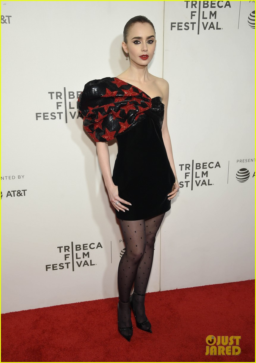 zac efron lily collins extremely wicked tribeca premiere 12