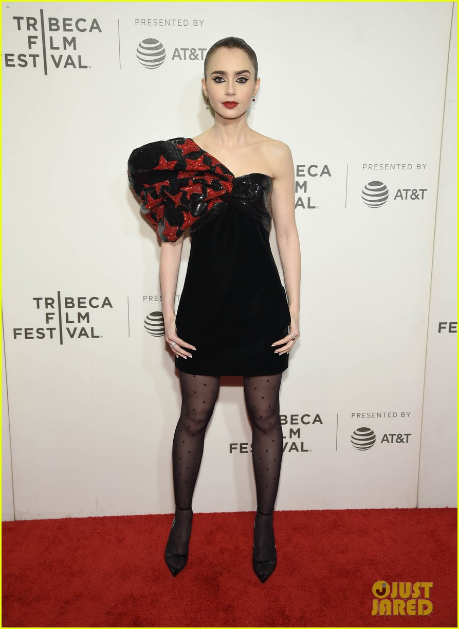 zac efron lily collins extremely wicked tribeca premiere 15