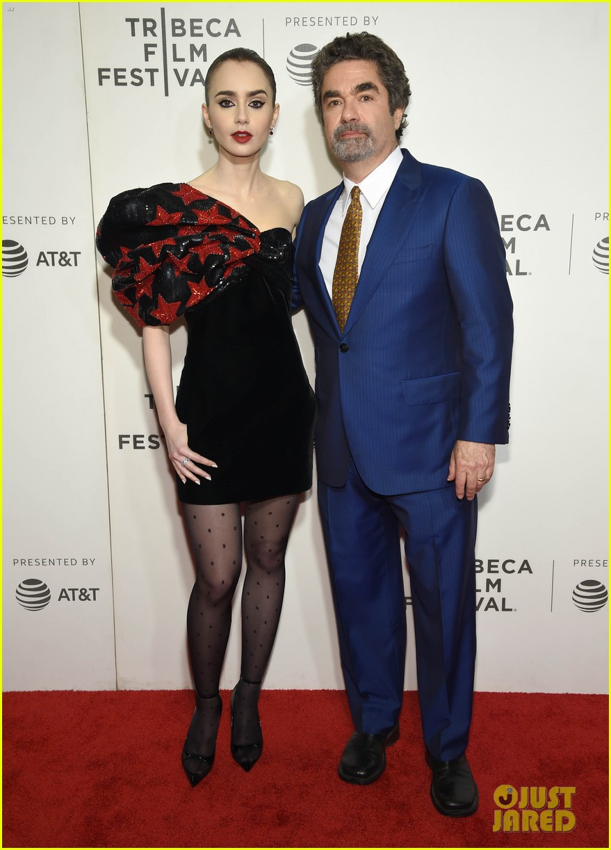 zac efron lily collins extremely wicked tribeca premiere 24