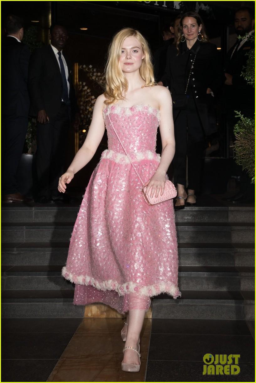elle fanning pink dress cannes brunch 04