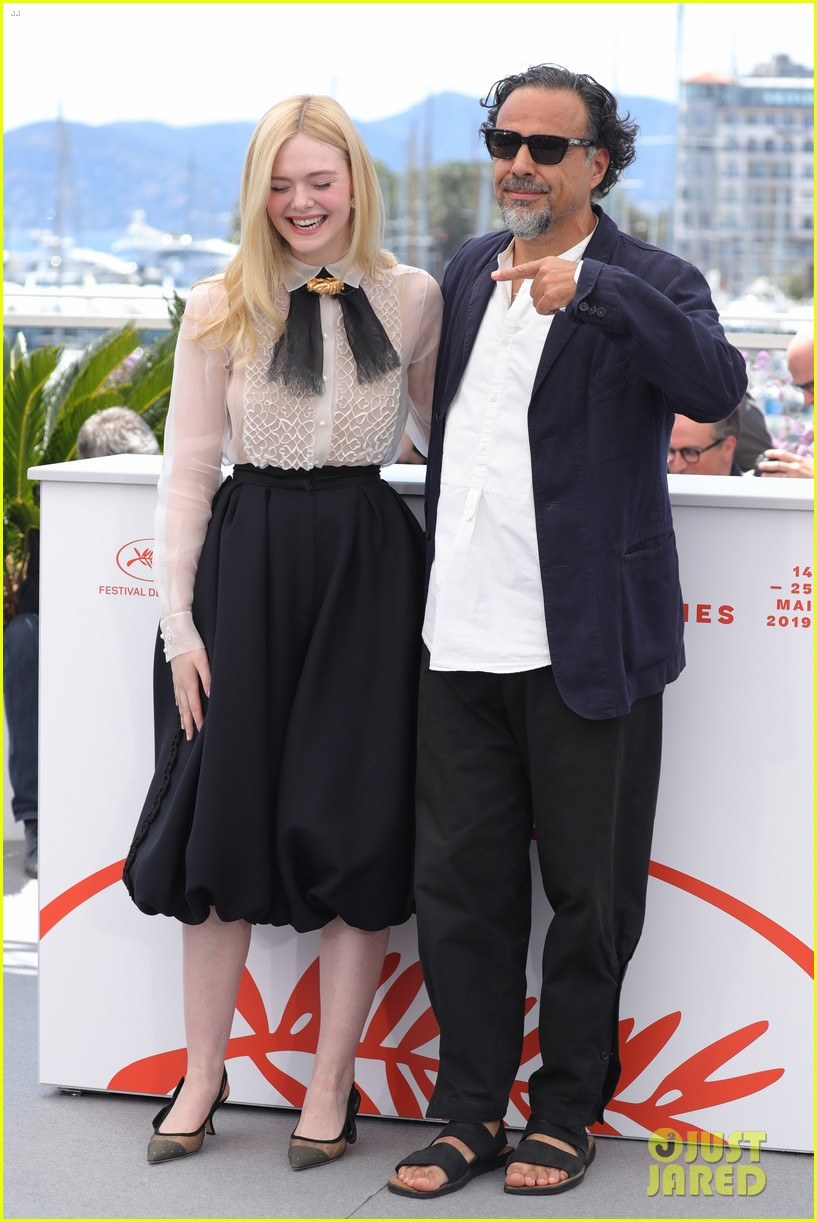 elle fanning cannes film fest jury photocall  16