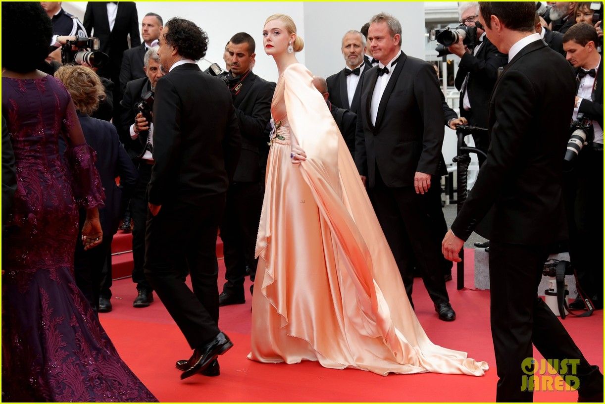 elle fanning cannes opening ceremony gucci gown 054291129