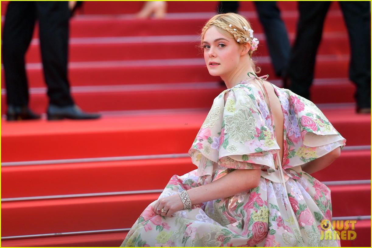 elle fanning floral gown cannes les mis premiere 054291860