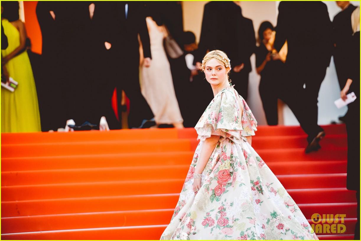 elle fanning floral gown cannes les mis premiere 084291863