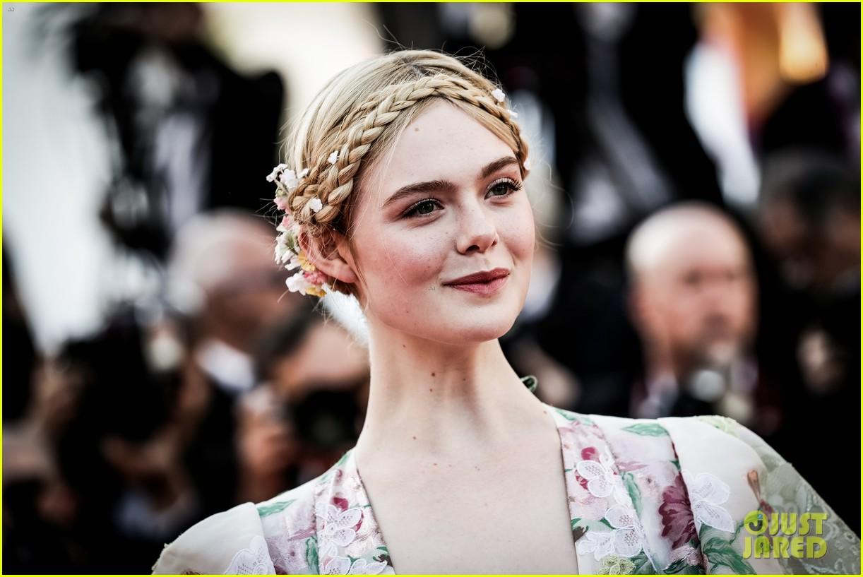 elle fanning floral gown cannes les mis premiere 094291864