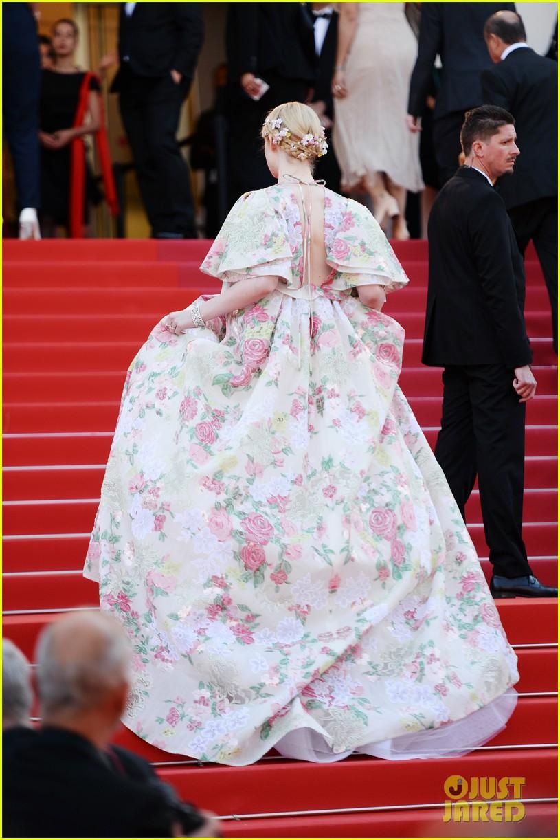 elle fanning floral gown cannes les mis premiere 284291883