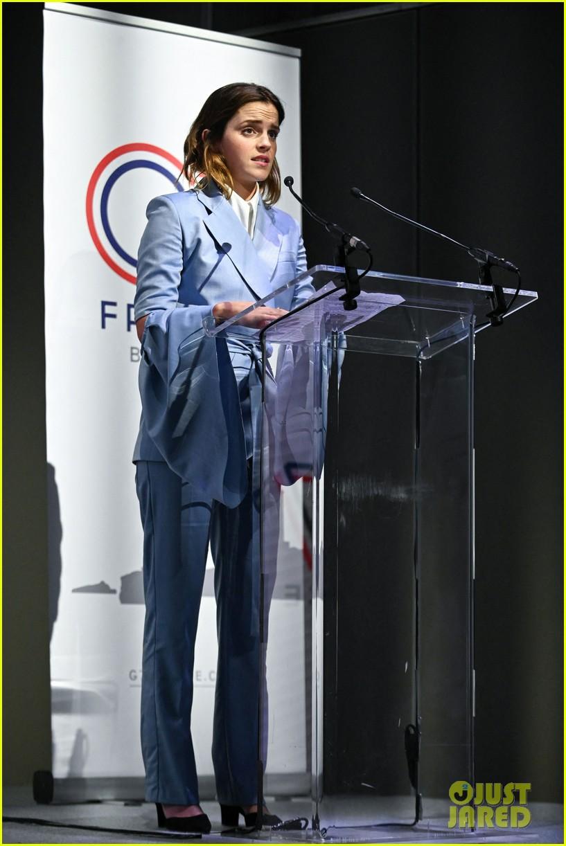emma watson speaks at gender equality conference in france 02