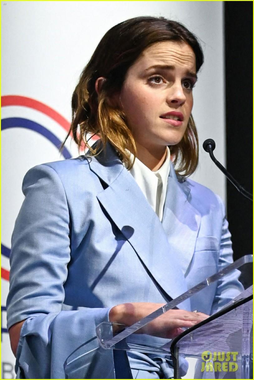 emma watson speaks at gender equality conference in france 05