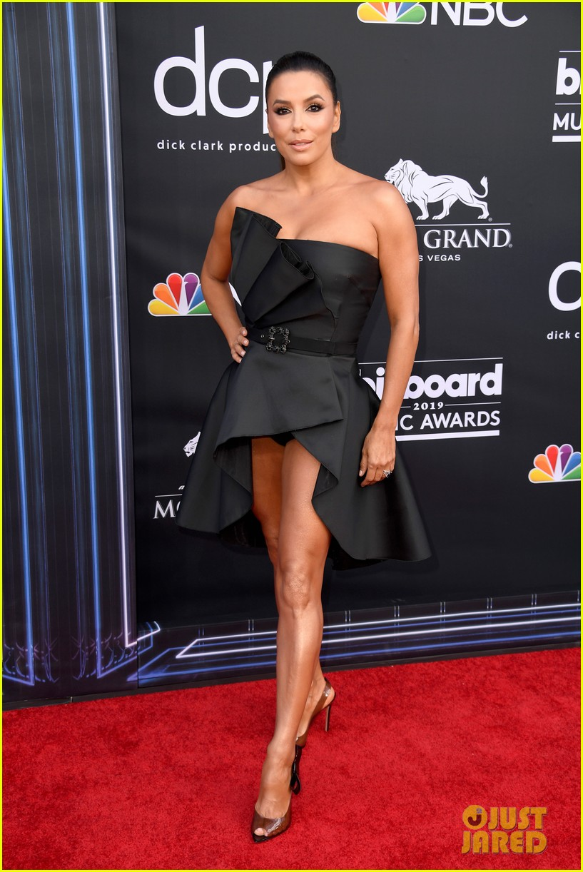 eva longoria cobie smulders billboard music awards 10