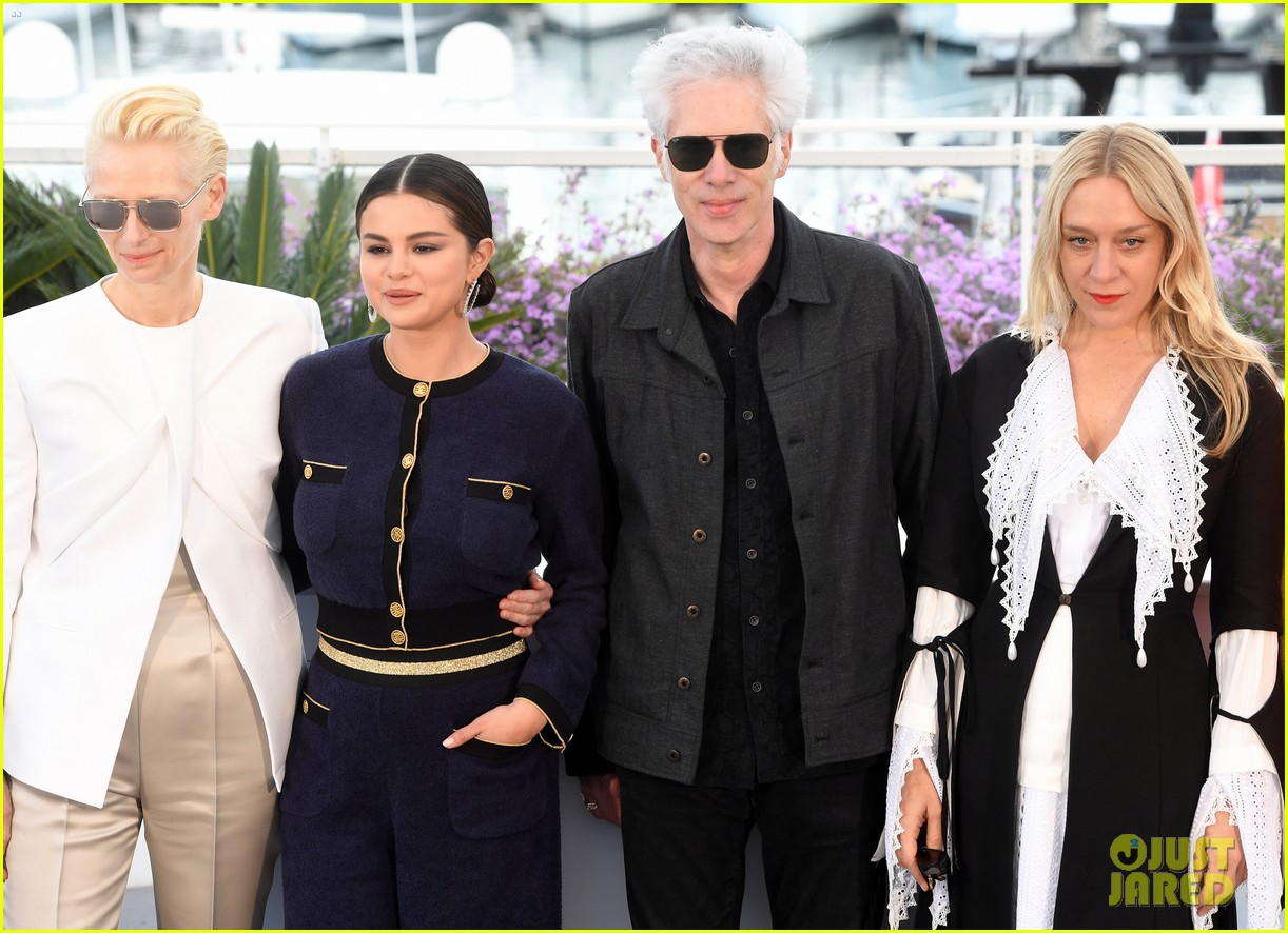 selena gomez joins the dead dont die cast at cannes photo call 024291566