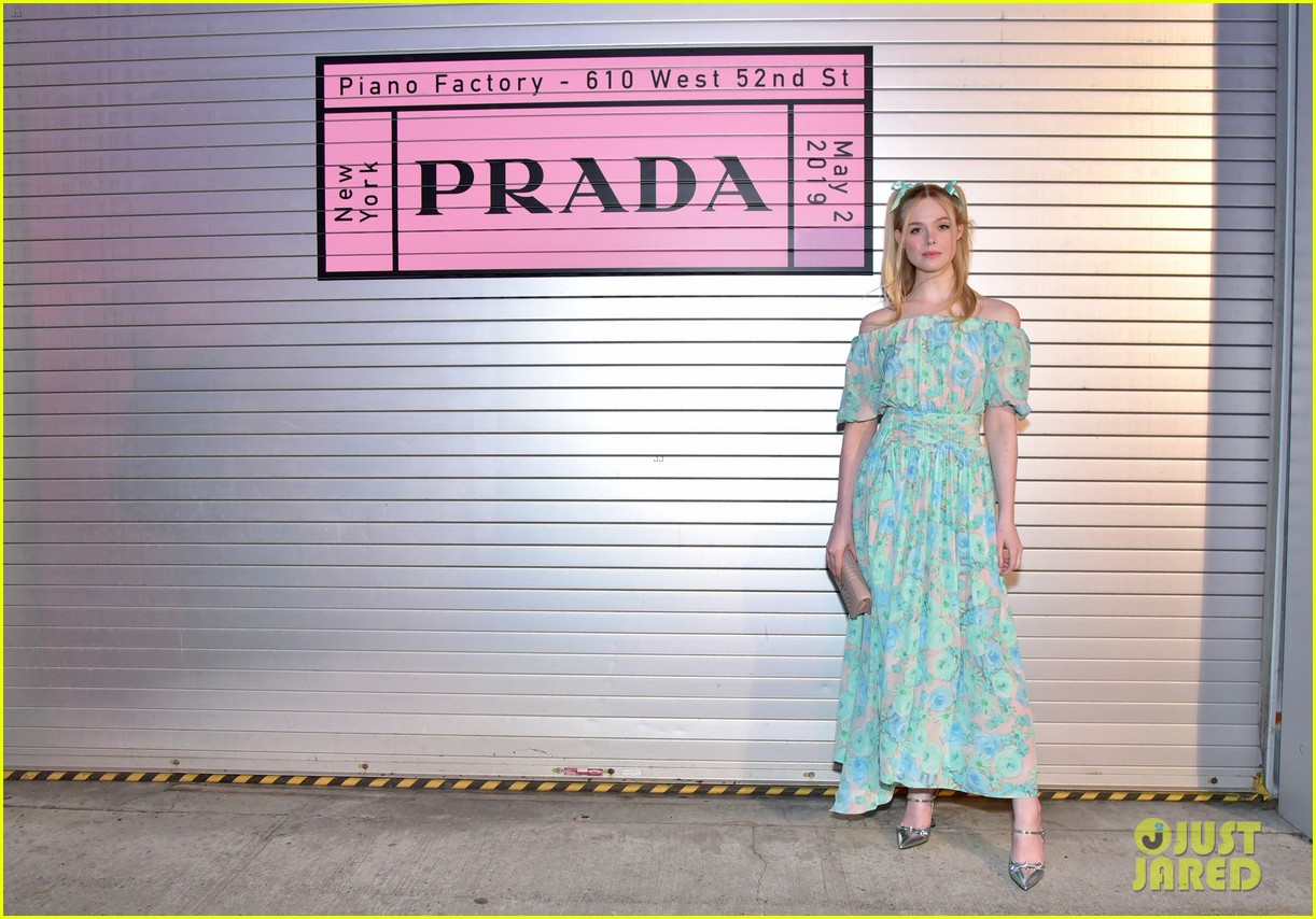 shailene woodley hailee steinfeld elle fanning attend prada resort 2020 fashion show 044282529