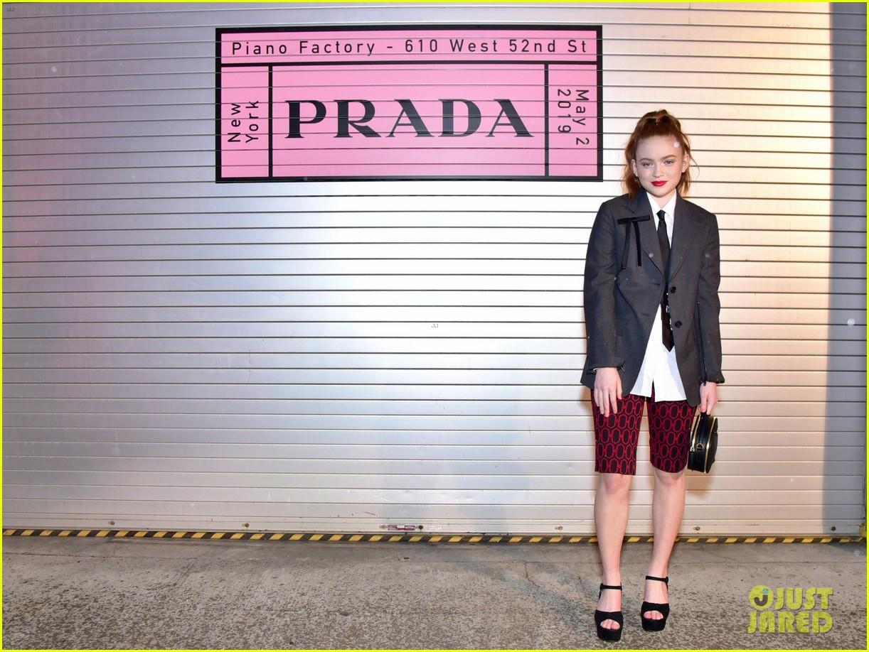 shailene woodley hailee steinfeld elle fanning attend prada resort 2020 fashion show 064282531
