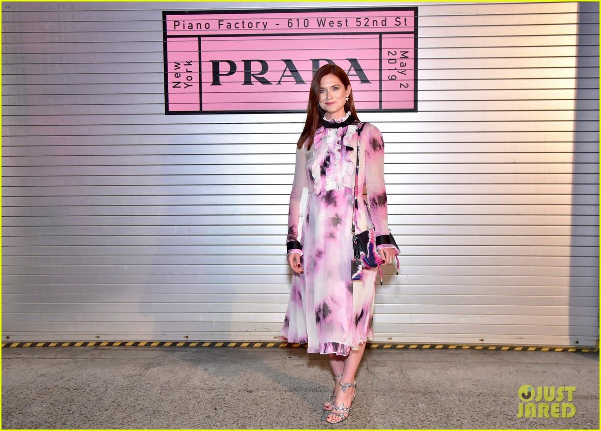 shailene woodley hailee steinfeld elle fanning attend prada resort 2020 fashion show 164282541