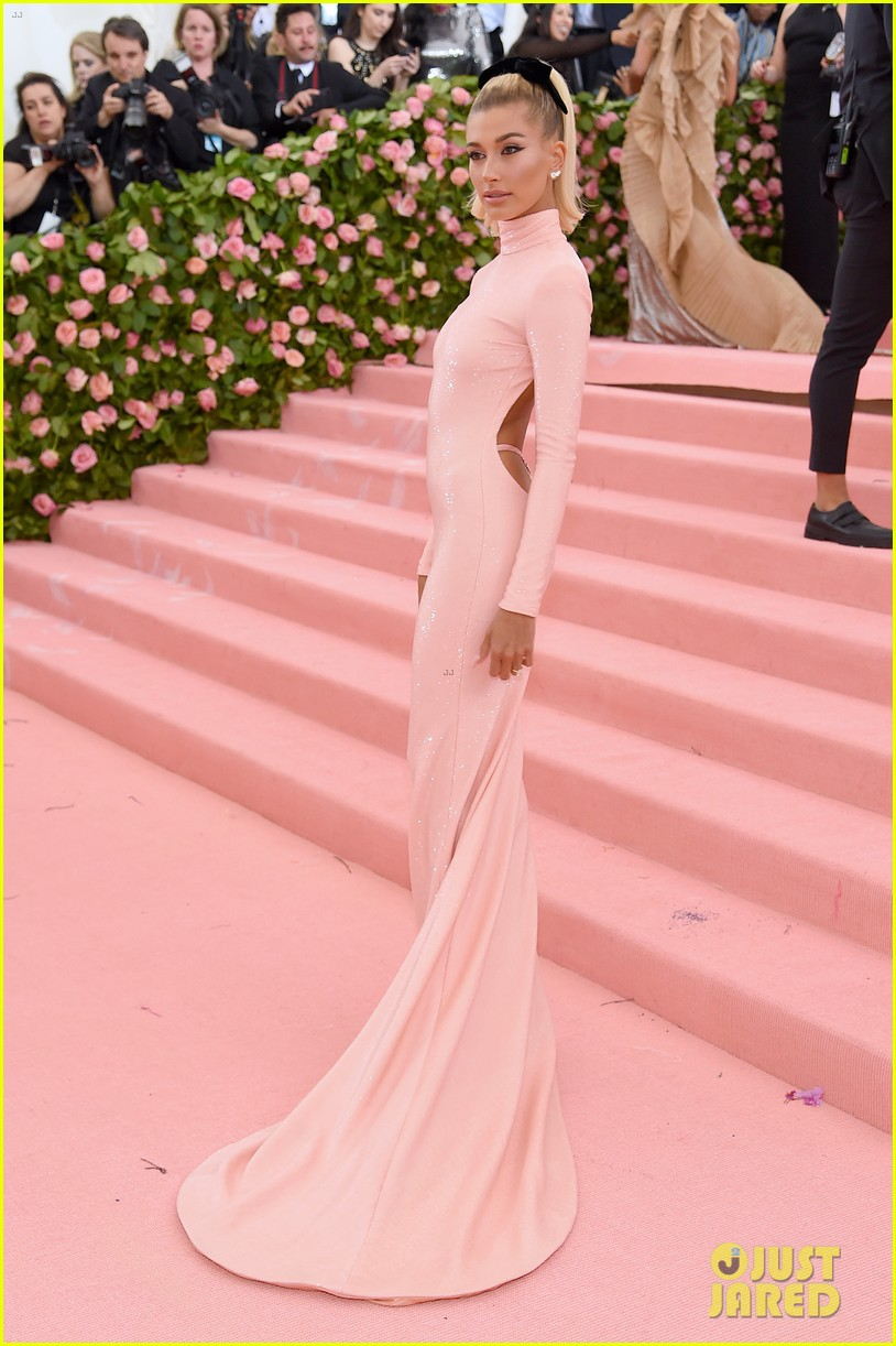 Image result for Hailey Bieber met gala 2019