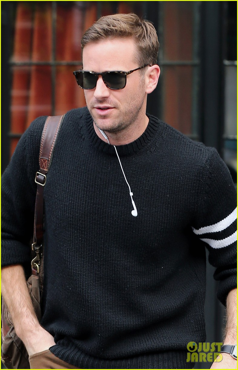 armie hammer steps out to run errands in nyc 04