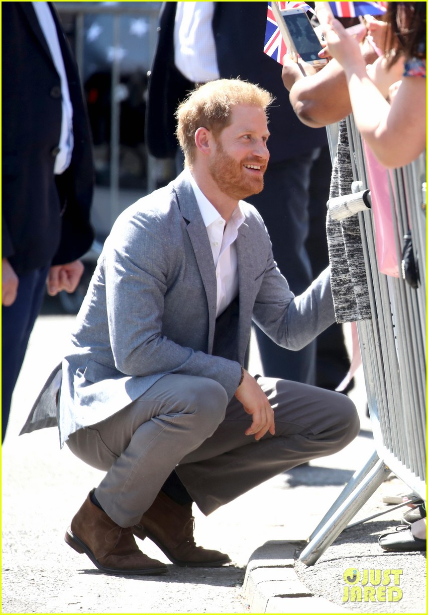 prince harry says he already cant imagine life without son archie 12