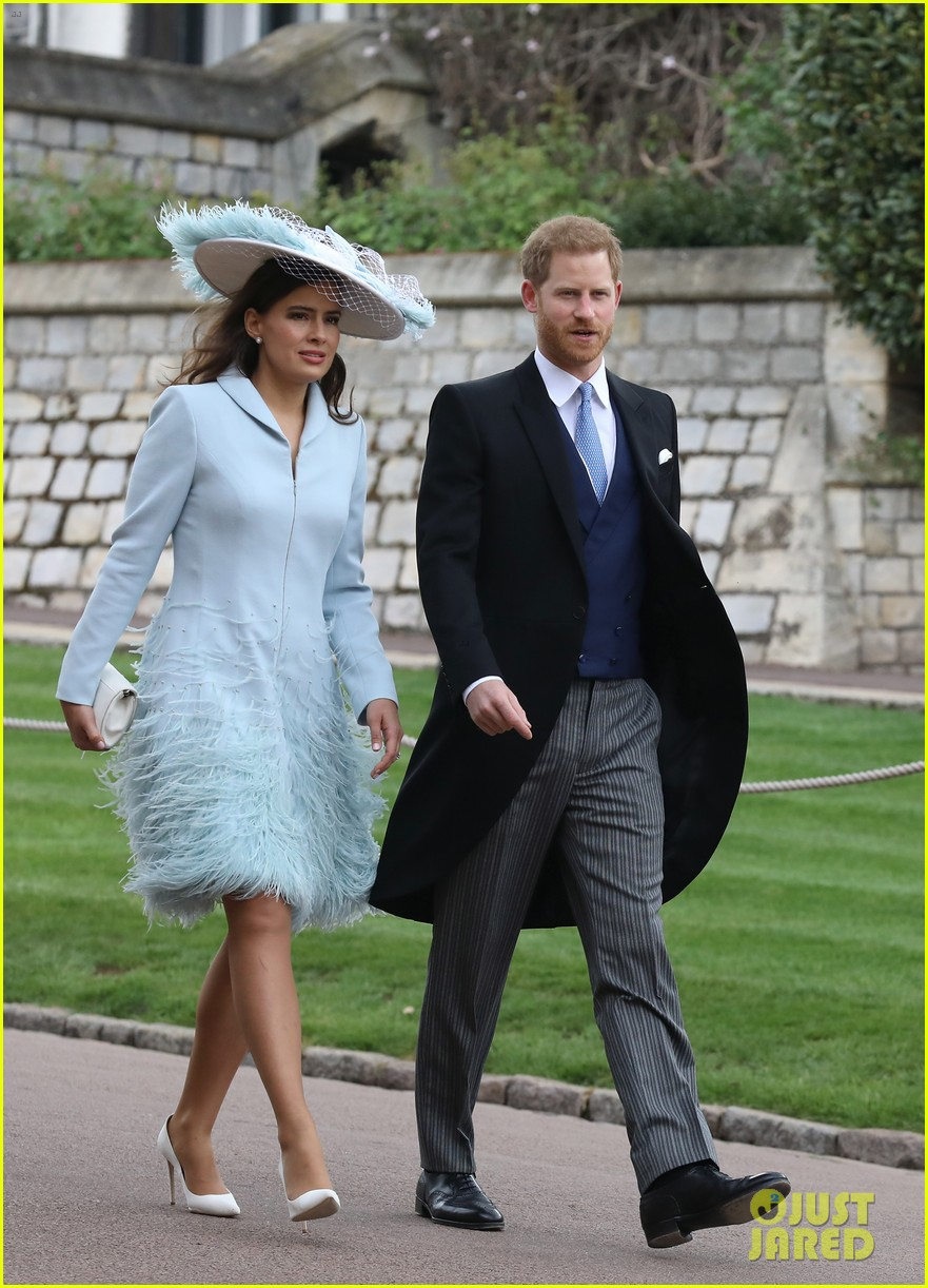 prince harry pippa middleton at gabriella windsor wedding 02