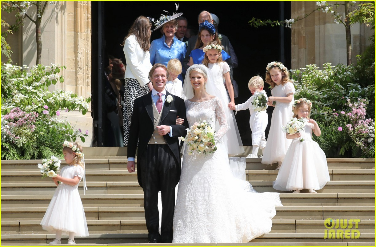 prince harry pippa middleton at gabriella windsor wedding 05