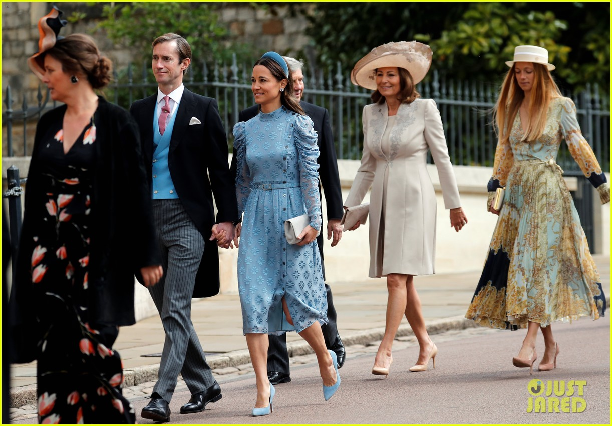 prince harry pippa middleton at gabriella windsor wedding 08