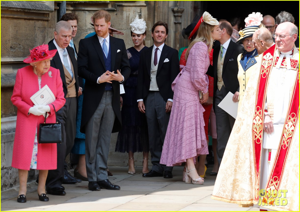 prince harry pippa middleton at gabriella windsor wedding 19
