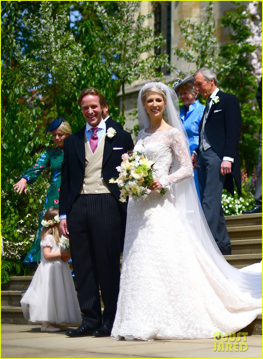 prince harry pippa middleton at gabriella windsor wedding 24