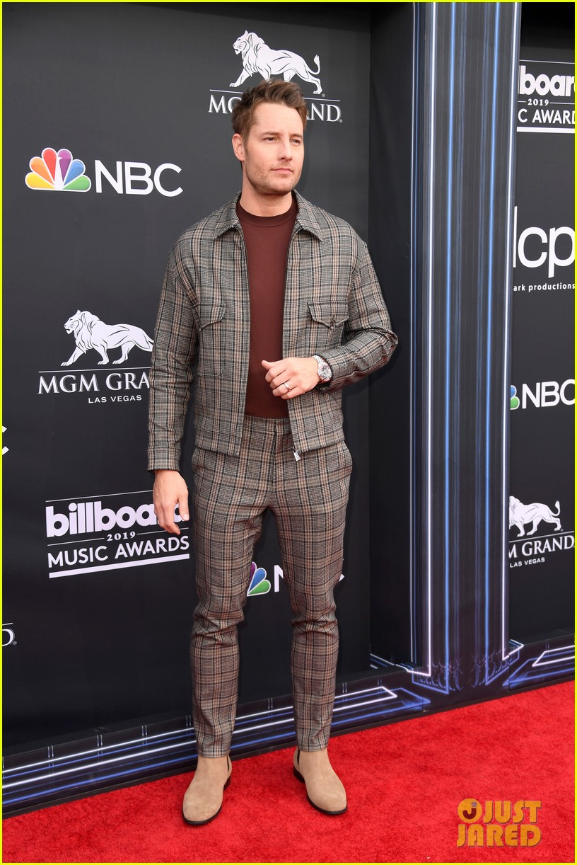justin hartley chrissy metz billboard music awards 08