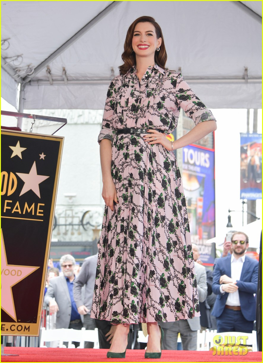 anne hathaway hollywood walk of fame 294288773