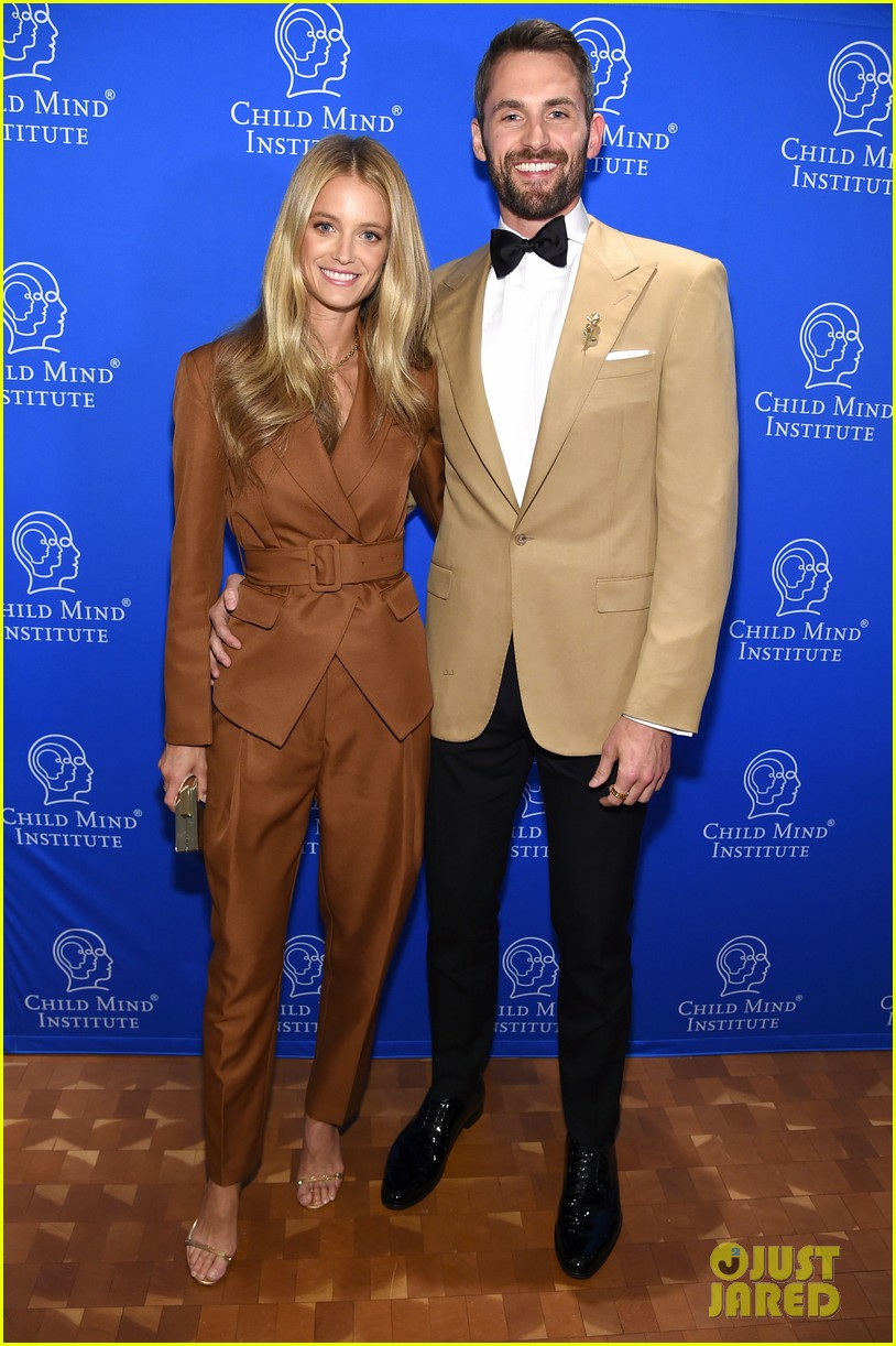 goldie hawn kevin love get honored at change maker awards 2019 014281993
