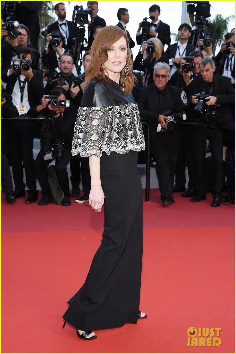 amber heard julianne moore stun at les miserables cannes premiere 014291714