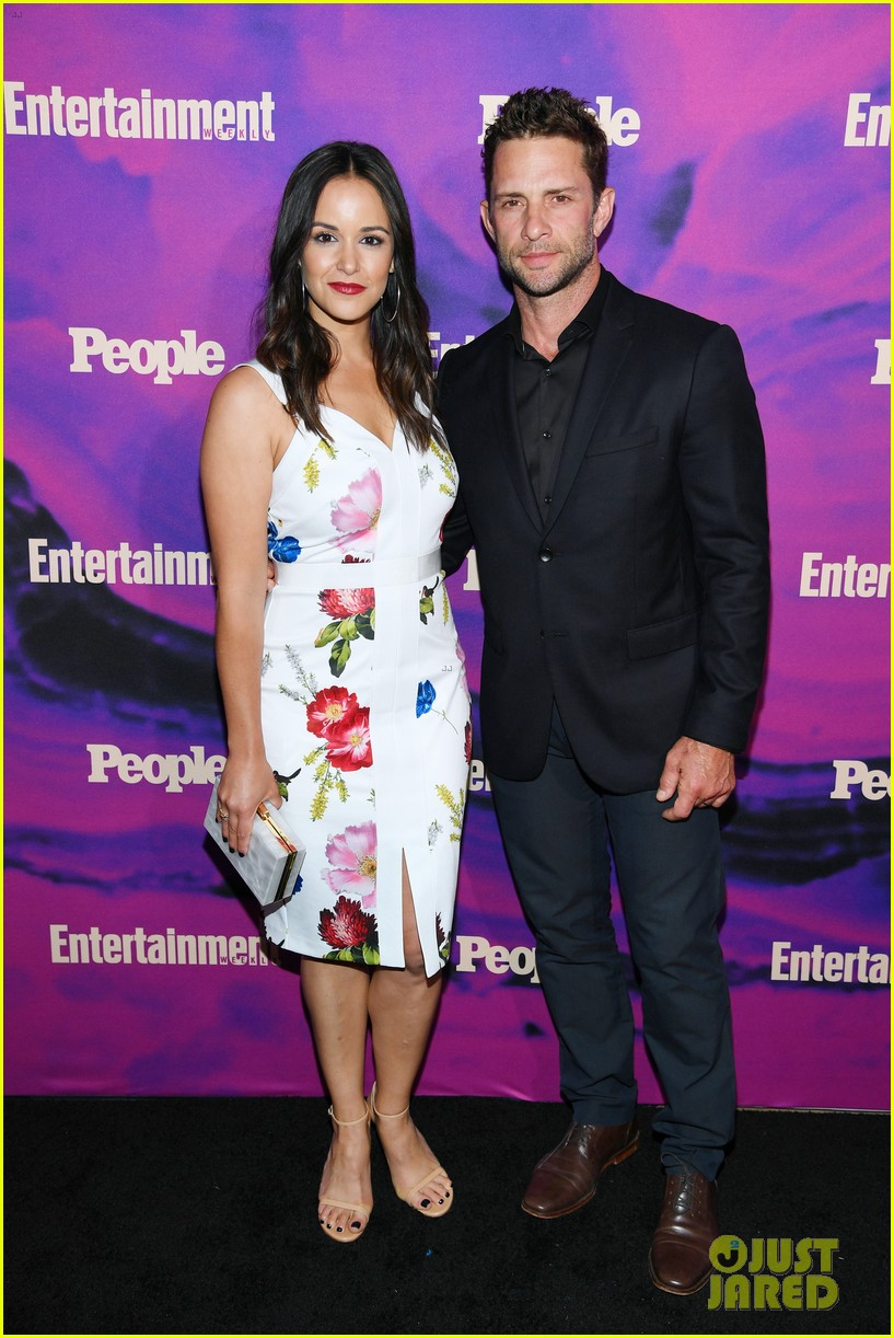 julianne hough josh dallas more tv stars celebrate upfronts at ew people party 04